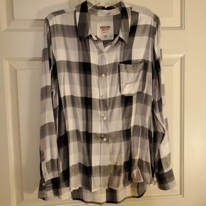 Mossimo Supply Co button down shirt